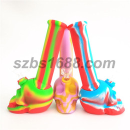 Skull Shaped Bongs Australia - Bong pipes rigs bubbler skull shape unbreakable silicone water bong portable Smoking Pipe glass bong tobacco water pipe with glass bowl