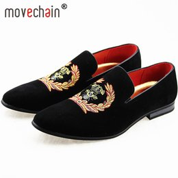 Wholesale movechain Men s Suede Leather Loafers Mens Casual Embroidery Moccasins Oxfords Shoes Man Party Driving Flats EUR Sizes
