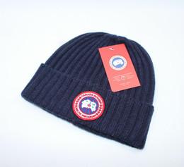 Venta al por mayor de Top venta CANADÁ marca BEANIE hombres sombrero de punto deportes clásicos gorras de cráneo mujeres casual al aire libre gorros GOOSE