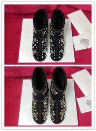 $enCountryForm.capitalKeyWord Australia - Heavy craft nail bead Water drill flower pattern design vamp Warm and comfortable fur lining ladies' Short tube snow boots