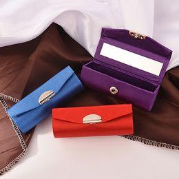 $enCountryForm.capitalKeyWord Australia - 1Piece Embridery Design Lipstick Case Retro Embroidered Holder With Mirror Jewelry Packaging Box Random Color