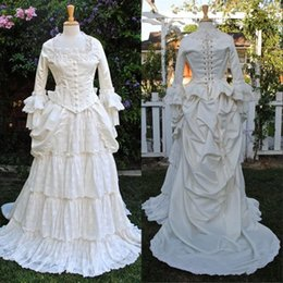 $enCountryForm.capitalKeyWord Australia - 2019 Vintge Victorian Ivory Lace Evening Dresses A Line Ruched Tiered Skit Gothic Corset Retro Royal Prom Dresses Long Sleeves Formal Wear