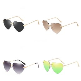 polarized night drive glasses Australia - Oulylan Photochromic Heart-Shaped Sunglasee Men Polarized Chameleon Discoloration Sunglass Male Rimless Day Night Driving Sunglass #48560