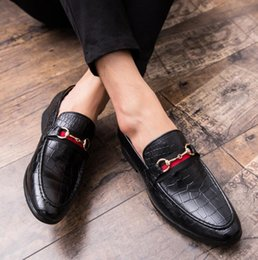 $enCountryForm.capitalKeyWord Australia - Italian Men designer Top Quality Oxfords Male Formal Shoes Flats Business Casual Shoes Wedding and prom dresses shoes Big Size EU47
