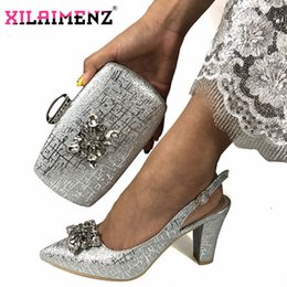 $enCountryForm.capitalKeyWord Australia - Newest Fashion Italian Shoes and Bag Set Wholesale Price 2019 Silver color for Wedding Shoes and Matching Purse for Women Party