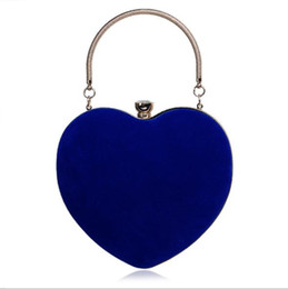 heart shaped bags NZ - Designer-Evening Bags Heart Shaped Diamonds Red Black Chain Shoulder Purse Day Clutch handbag For Wedding Party Banquet Bag