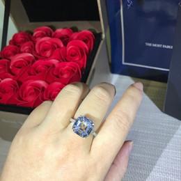 $enCountryForm.capitalKeyWord Australia - Lady earrings Ladies accessories The women's glamour wild hand-made plated lovers wedding rings diamond