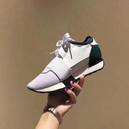races dresses 2019 - With Box 2019 Chaussures Fashion Luxury Designer Shoes Race Paris Trainers White Black Dress De Luxe Sneakers Men Women