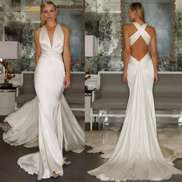 Discount gold satin belts - Sexy New Simple Cross Belt Open Back Wedding Dresses 2019 Beach Mermaid Wedding Gowns Deep V Neck Ruched sleeveless Brid