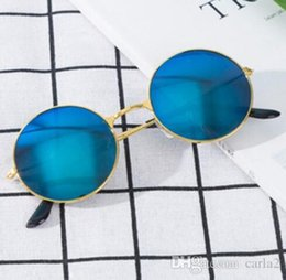 Silver Black Red Australia - New Womens Round Sunglasses Retro Gold Silver Black Frame Unisex Eyewear Female Male Sun Glasses for Men Oculos Gafas