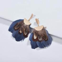 $enCountryForm.capitalKeyWord UK - 2019 Bohemian Natural Style Fashion Polished Metal Clasp Fan Fringe Feather Dangle Drop Statement Earrings for Women