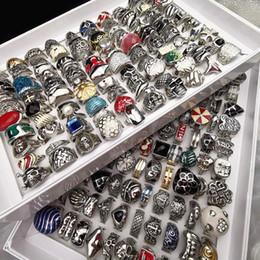 $enCountryForm.capitalKeyWord NZ - Wholesale Bulk Lot 100pcs box Mix Styles Fashion forging Stainless steel titanium Rings for Men Women Jewelry with a display box