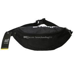 Modèles d'explosion de mode sacs de sport designer sac de taille haute qualité en plein air sac de sport pas cher à la vente peut être gros navire gratuit en Solde