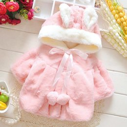 ponchos clothing Australia - New Cute Pink White 2 Colors Baby Girls Coat Faux Fur Ponchos Outerwear Winter Autumn Baby Girls Clothes