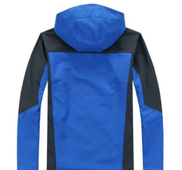 MEN clássico marca s Jacket Crianças Oudoor com capuz Polartec Softshell North Male Sports prova de vento impermeável respirável Inverno cara Casacos em Promoiio