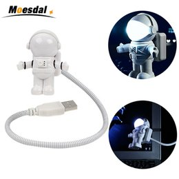$enCountryForm.capitalKeyWord NZ - New Style USB LED Book Light Mini Spaceman Astronaut Shape Night Lights Flexible Tube Bedsides Reading Lamp For Computer Laptop Power Bank