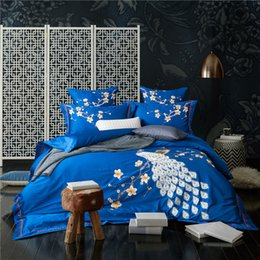 $enCountryForm.capitalKeyWord NZ - 4 6Pcs Egyptian Cotton Peocock Embroidery Oriental Luxury Bedding Set Blue Red King Queen Size Modern Duvet Cover Bed sheet 36