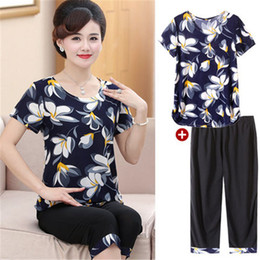 Wholesale womens summer dress shirts resale online – t shirts Suits Summer Middle aged Women Clothes casual Two piece Set Womens Large Size loose Printed T shirts Female x761