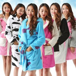 Wholesale cartoon panda shirt for sale – custom Halloween Winter Bathrobe Women Pajamas Bath Robe Sleepwear Womens Robes Coral Velvet Cartoon Panda Nightgowns Homewear