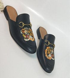 $enCountryForm.capitalKeyWord Australia - leather loafers Muller Designer slipper Mens shoes with buckle Fashion Men Women Princetown slippers Ladies Casual Mules Flats y2