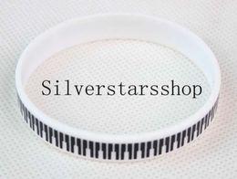 $enCountryForm.capitalKeyWord Australia - 50pcs Piano Key Silicone Wristband Bracelet Accessories Black And White
