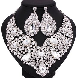 $enCountryForm.capitalKeyWord UK - Shinning Silver Champagne Blue Crystals Jewelry 2 Pieces Sets Necklace Earrings Bridal Jewelry Bridal Accessories Wedding Jewelry T301442