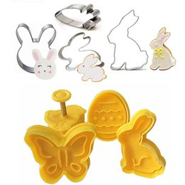 rabbit biscuits UK - 4Pc Set Easter Egg Rabbit Chick Butterfly Plastic Plunger Fondant Cookie Cutter Set Mold Biscuit Decor Baking Tools Set