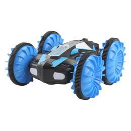 Control remoto Vehículo de acrobacias anfibio 2.4G Impulsión de doble cara a prueba de agua Coche tanque Tanque de juguete para niños y niños Control remoto vehículo