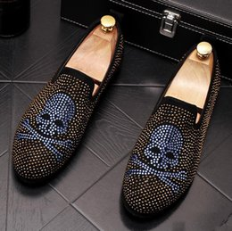 Red Skull Shoes Australia - Streets Trendy Men's Designer rhinestone skull rivet Platform Casual Flats Shoes Male Wedding Prom shoes loafers Footwear