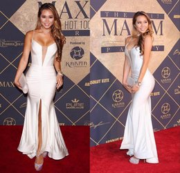 Plunge neckline dresses online shopping - 2019 Sexy White Sexy Spaghetti Plunging Neckline Celebrity Red Carpet Party Gowns Front Split Zipper Back Mermaid Prom Dresses