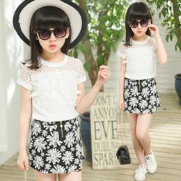 63522b0623a4f Hot 4-12 Year Baby Girls Fashion Trend T-shirt +Skirt Two-Piece 2019 New Kids  Summer Sets Lace Floral Zipper Skirt Suit
