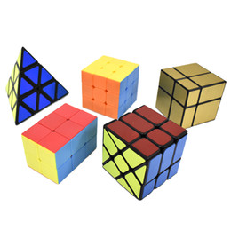 $enCountryForm.capitalKeyWord Australia - Set of 5 Cube Puzzle Toys, 223 3x3 Pyraminx Wheel Mirror Speed Cube Bundle Magic Cube Puzzle Pack Magic Collection -Toys