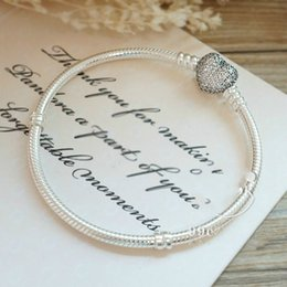 pave clasps Australia - Authentic 925 Sterling Silver Moments Pave Heart Clasp With Crystal Bracelet Bangle Fit Bead Charm Diy Europe Jewelry