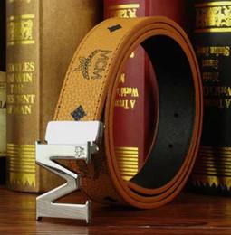 Venta al por mayor de Diseñador de moda cinturones hombres correa de cuero genuino de alta calidad hombre correa de moda cinturones de cuero de vaca hombres vaqueros de cuero
