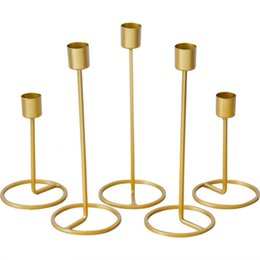 Wholesale Metal Candle Holders Gold Candlestick Fashion Wedding Candle Stand Exquisite Candlestick Christmas Table Home Decor