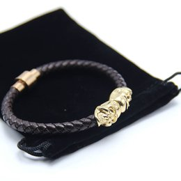 $enCountryForm.capitalKeyWord Australia - 2016 Velvet Bag& Gift Box with Genuine Leather Skull Man Bracelet With Magnetic Claps Gold Color Not Fade Man's Jewelry