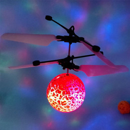 $enCountryForm.capitalKeyWord Australia - Wholesale New Arrival Luminous Flying Ball Flight Balls LED Light Electronic Infrared Induction Aircraft Remote Control Toys Nolvety Items