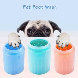 Lavado del gato del perro de silicona Peines pata del animal doméstico Lavadora pie limpio Copa limpieza con herramienta plástica suave cepillo rápidamente lavado de pies Cubo LJJP27 en venta