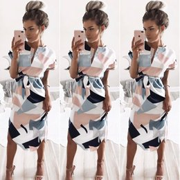 $enCountryForm.capitalKeyWord Australia - 2019 hot sale explosion sexy V-neck box print long dress 8119