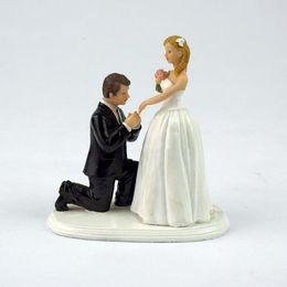 $enCountryForm.capitalKeyWord Australia - Beach Church Wedding Cake Toppers Doll Resin Decoration Groom Bride Doll Wedding Cake Supplies Valentine's Day Gift Cheap Free Shipping