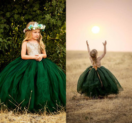 Discount kid red white tulle tutu pictures - Glitz Tutu Emerald Green Flower Girls Dresses 2019 Halter Backless Gold Sequins Top Tulle Country Long Cheap Kids First