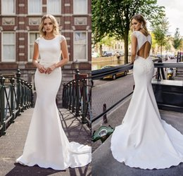 8a904bba7ee White Simply Mermaid Wedding Dresses Jewel Neck Short Sleeves Lace  Appliques Berta Sexy Open Bridal Gowns Sweep Train Dresses