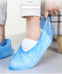 Wholesale PE Waterproof non-slip Disposable Shoe Covers Rain Day Carpet Floor Protector Blue Cleaning Shoe Cover hotel Overshoes For Home Dust free