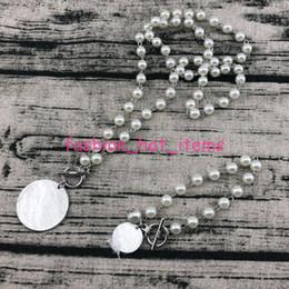 $enCountryForm.capitalKeyWord Australia - Pearl Locking Disc Bracelet Customized Engrave Pearl Linked Brass Disc Toggle Bracelet Pearl Linked Chain Bracelets