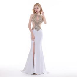 a389e6436 Finove 2019 Nuevo diseño Vestido de noche largo Atractivo Ver a través  Recortar Brillante Rebordear de oro Sirena Dividir a lado mujer Vestidos de  fiesta