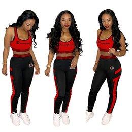 Опт Женщины чемпион бюстгальтер спортивный костюм без рукавов бюстгальтеры жилет + брюки 2 шт. Набор летние наряды вышитые спортивная одежда растениеводство топ спортивный костюм 2XL A42906