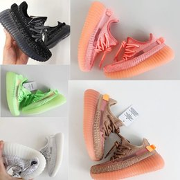 Kids hard leather shoes online shopping - Infant Clay Toddler v2 Kids Running shoes Kanye West Static Glow In The Dark chaussure de sport pour enfant boys girls Casual Trainers
