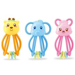 baby rattles Canada - Baby Holding A Rattle and Teeth Chewing Toys, Bright and Cute Animals, The Best Gift for Children