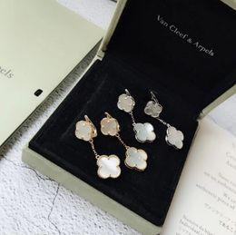 Großhandel Damenschmuck 2019 Modeklassiker heiß auf den neuen eleganten doppelten vierblättrigen Kleeblatt-Ohrringen
