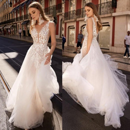 Plunge Wedding Dresses UK - Berta Backless Boho Wedding Dresses Lace Plunging V Neck A Line Beach Bridals Gown Sweep Train Tulle Bohemian Wedding Dresses Cheap 2019
